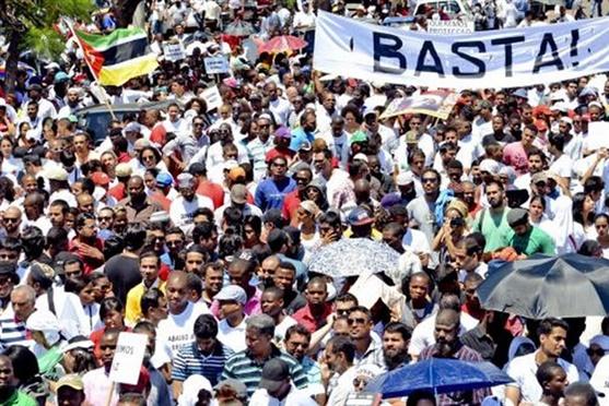 marcha de apoio em Moçambique