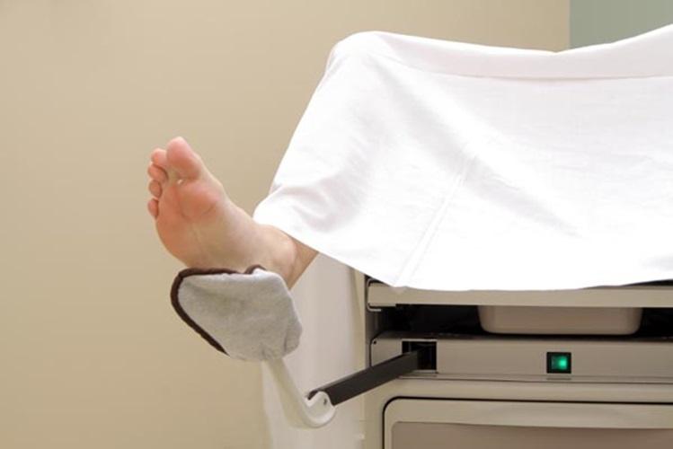 Mulher perde virgindade em exame ginecológico