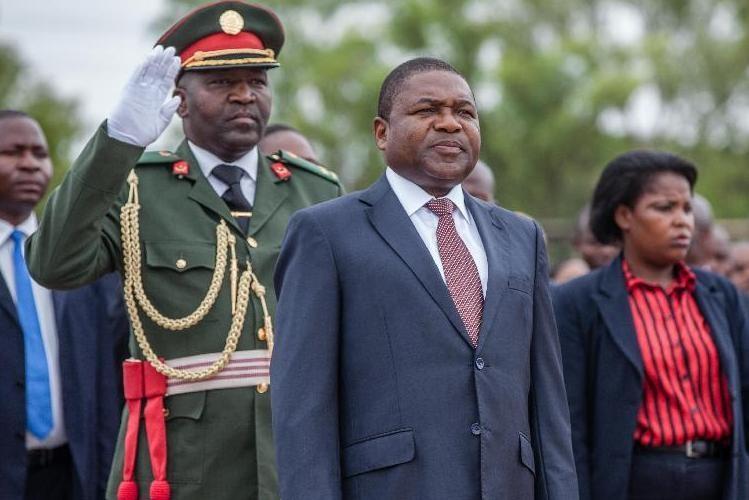 Nyusi em Abuja para posse do novo presidente da Nigéria
