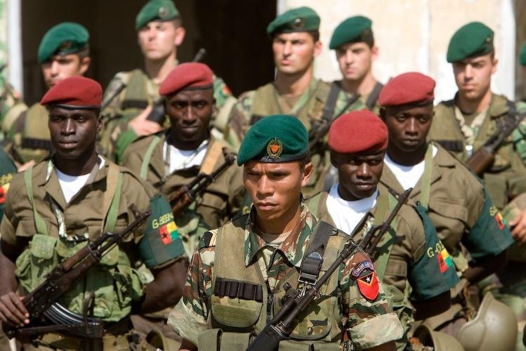CPLP aprova criação de um contingente de manutenção da paz