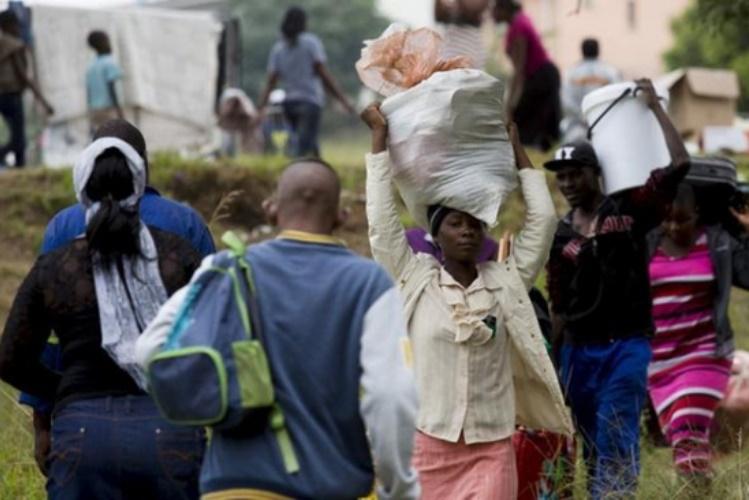 Centena de moçambicanos refugiados no Malawi