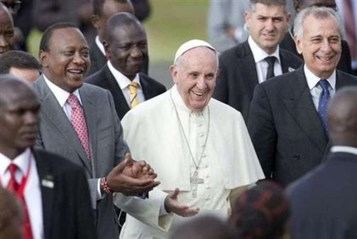Papa condena toda a violência em nome de Deus