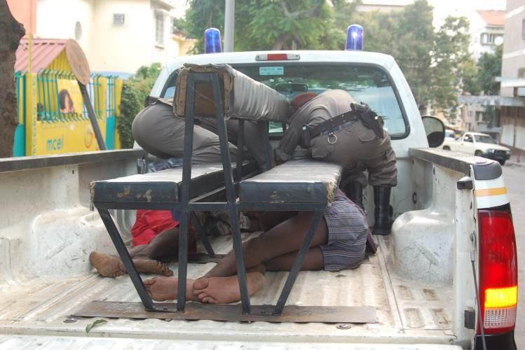 PURIFICAÇÃO DE FILEIRAS: agente da polícia detida por cooperar com malfeitores