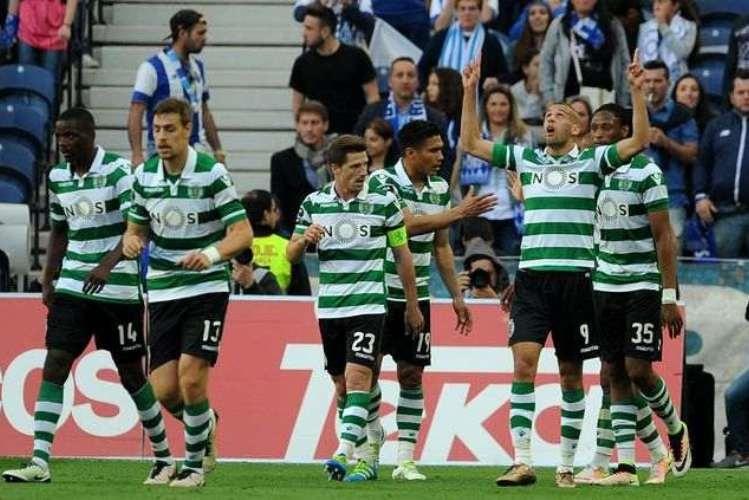 Sporting vence no Dragão e mantém-se na perseguição ao Benfica