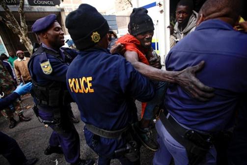 África do Sul e Zimbabwe deportam 197 moçambicanos ilegais