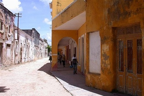 Estudantes de arquitectura aprendem sobre  Ilha de Moçambique