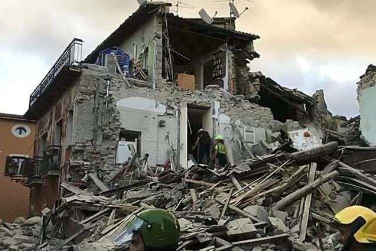 Balanço de sismo em Itália sobe para 38 vítimas mortais