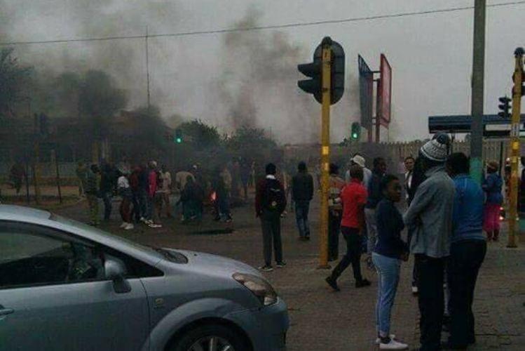 Polícia dispara balas de borracha em manifestação em Pretória