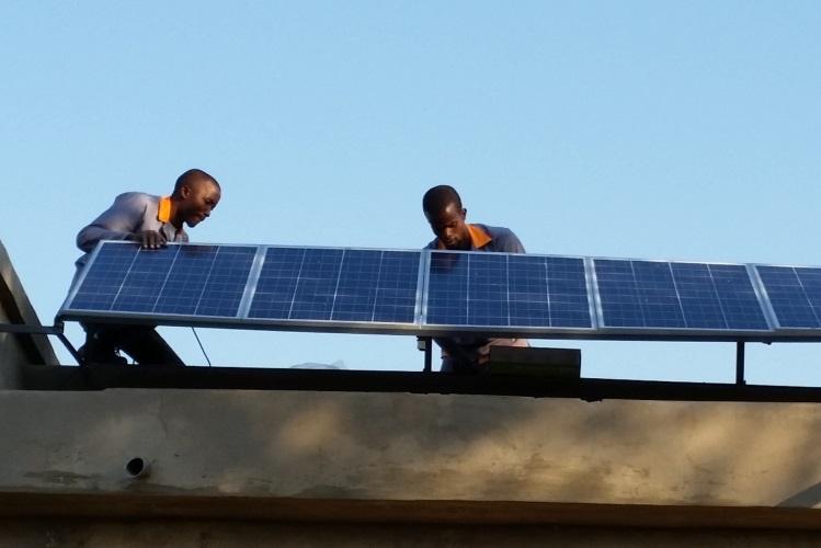 FUNAE e GALP assinam acordo para instalação de sistemas solares fotovoltaicos