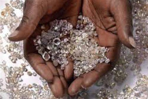 Venezuela e Angola assinam acordo para explorar minas de diamantes