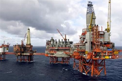 Petróleo atinge 70,26 USD pela primeira vez desde 2014