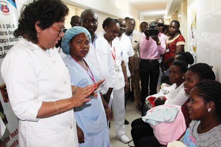 """""""A doença não constitui perigo para o nosso país"""" Nazira Abdula"""
