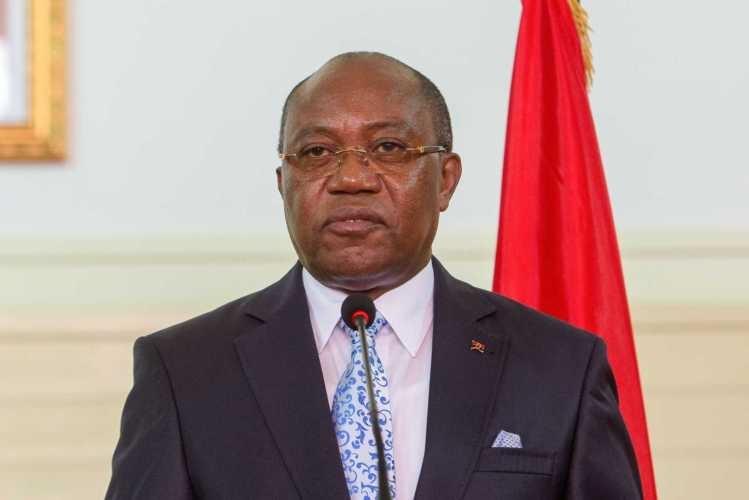 Angola confirma redimensionamento das missões diplomáticas devido à crise