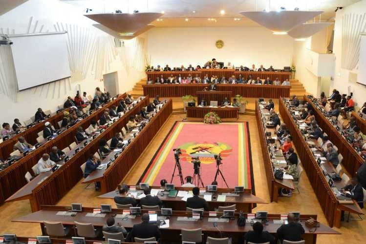 EUA saúdam Parlamento pela aprovação da revisão da Constituição