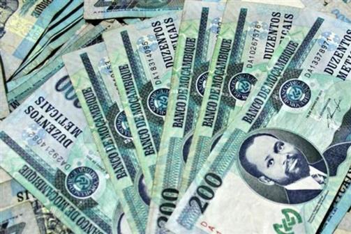 Governo garante pagamento do 13º salário