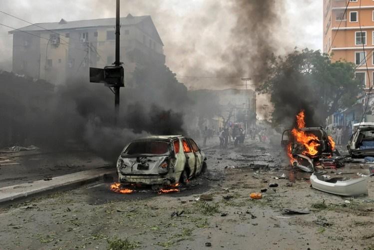Explosões matam oito pessoas em Mogadíscio