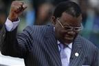 Presidente namibiano reeleito com 56,3% do votos