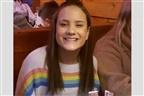 Escola católica expulsa adolescente por causa de camisola com arco-íris