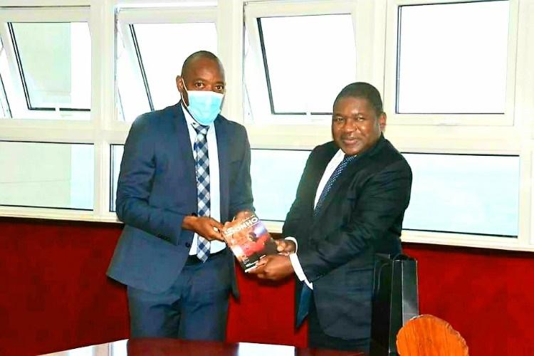 Tico-Tico apresenta projecto de construção de uma academia ao PR Nyusi