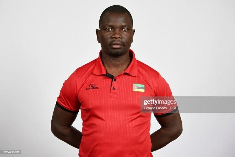 Futebol de Praia: Abineiro Ussaca concorre para melhor treinador do Mundo
